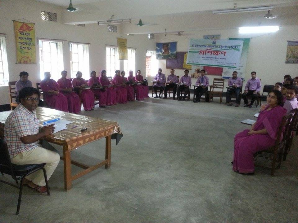 /srv/www/vhosts/user3101/html/entrepreneurship-campus.org/wp-content/uploads/2017/04/FGD-with-the-Trainee-Teachers-in-Chittagong-PTI-1.jpg