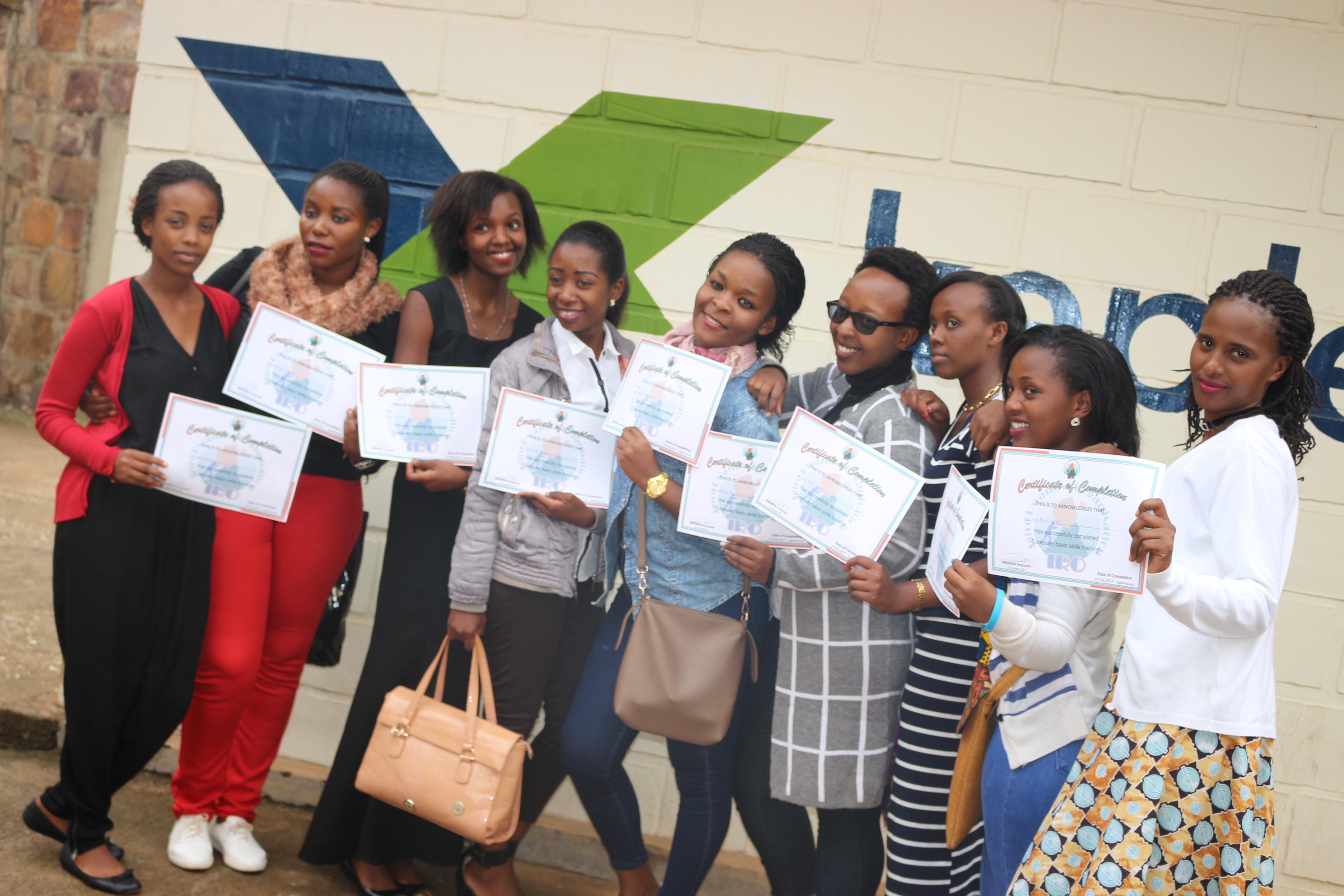 Women coding Rwanda