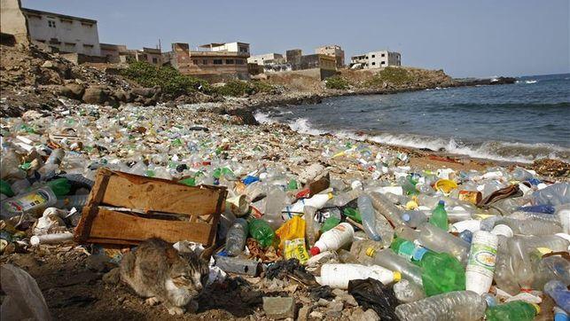 /srv/www/vhosts/user3101/html/entrepreneurship-campus.org/wp-content/uploads/2019/05/Senegal-convierte-pais-bolsas-plastico_EDIIMA20160104_0346_27.jpg