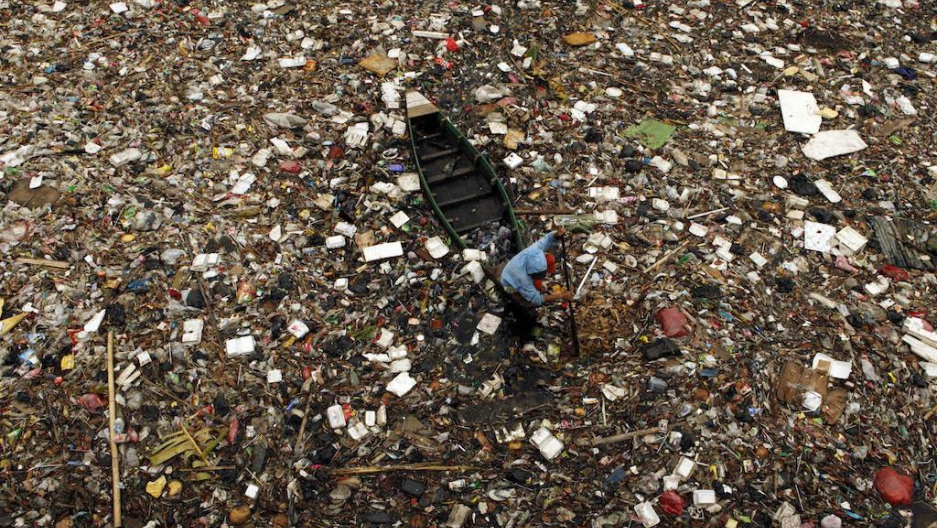 /srv/www/vhosts/user3101/html/entrepreneurship-campus.org/wp-content/uploads/2019/07/plastic_ocean_pollution.jpg